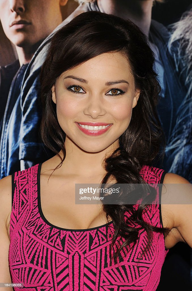 Actress Jessica Parker Kennedy arrives at the Los Angeles premiere of 'The Mortal Instruments: City Of Bones' at ArcLight Cinemas Cinerama Dome on August 12, 2013 in Hollywood, California.