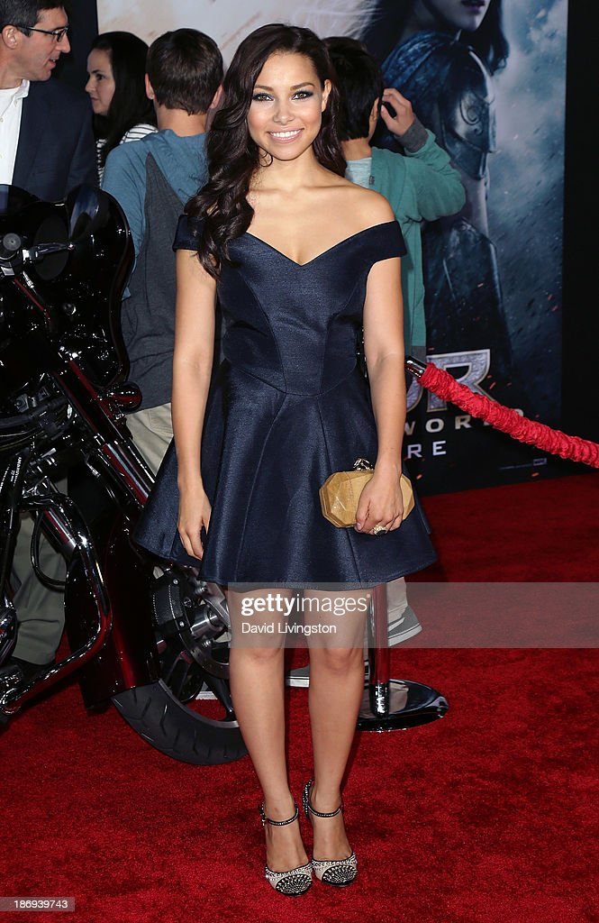 Actress Jessica Parker Kennedy attends the premiere of Marvel's 'Thor: The Dark World' at the El Capitan Theatre on November 4, 2013 in Hollywood, California.