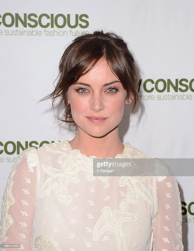 Actress <a gi-track='captionPersonalityLinkClicked' href=/galleries/search?phrase=Jessica+Stroup&family=editorial&specificpeople=2166283 ng-click='$event.stopPropagation()'>Jessica Stroup</a> arrives at H&M's Exclusive Conscious Collection Launch Party on April 3, 2013 in San Francisco, California.