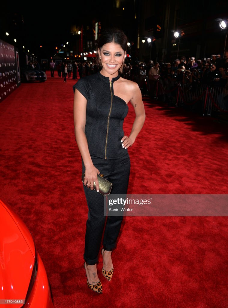 Actress <a gi-track='captionPersonalityLinkClicked' href=/galleries/search?phrase=Jessica+Szohr&family=editorial&specificpeople=4503387 ng-click='$event.stopPropagation()'>Jessica Szohr</a> arrives at the premiere of DreamWorks Pictures' 'Need For Speed' at TCL Chinese Theatre on March 6, 2014 in Hollywood, California.