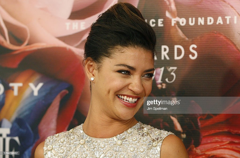 Actress <a gi-track='captionPersonalityLinkClicked' href=/galleries/search?phrase=Jessica+Szohr&family=editorial&specificpeople=4503387 ng-click='$event.stopPropagation()'>Jessica Szohr</a> attends the 2013 Fragrance Foundation Awards at Alice Tully Hall at Lincoln Center on June 12, 2013 in New York City.