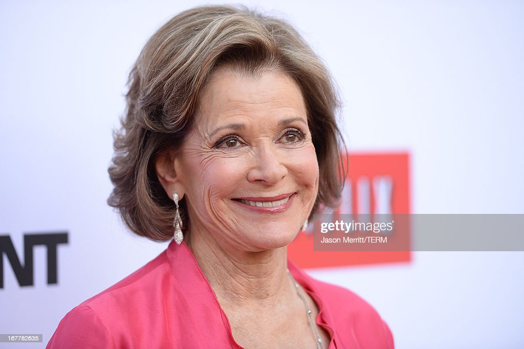 Actress Jessica Walter arrives at the TCL Chinese Theatre for the premiere of Netflix's 'Arrested Development' Season 4 held on April 29, 2013 in Hollywood, California.