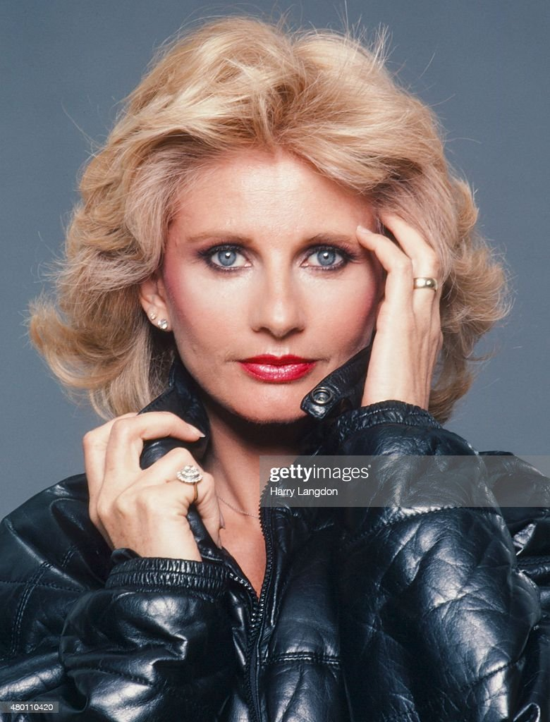 Actress Jill Ireland poses for a portrait in 1983 in Los