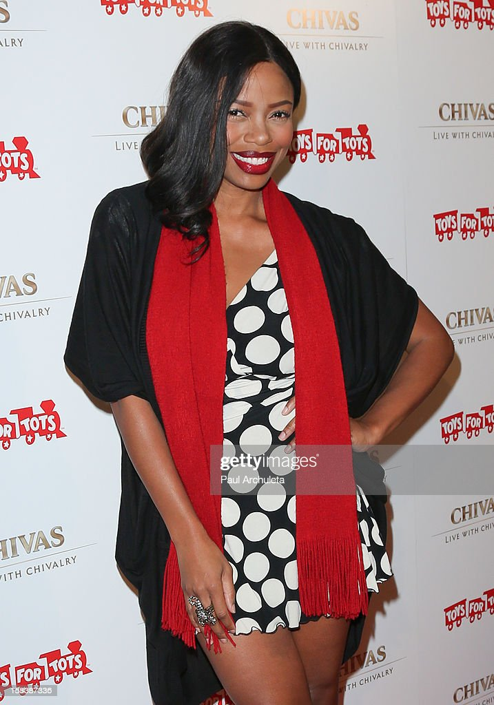 Actress Jill Marie Jones attends the 'Under The Mistletoe' charity event benefiting the Toys For Tots Foundation at the Lexington Social House on December 14, 2012 in Hollywood, California.