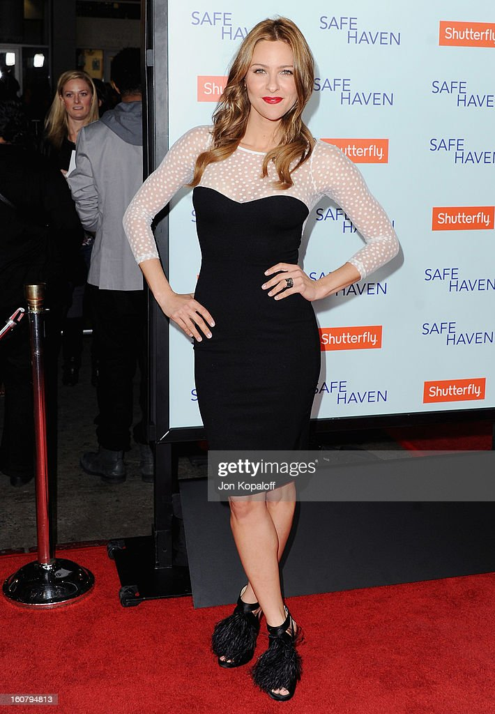 Actress Jill Wagner arrives at the Los Angeles Premiere 'Safe Haven' at TCL Chinese Theatre on February 5, 2013 in Hollywood, California.