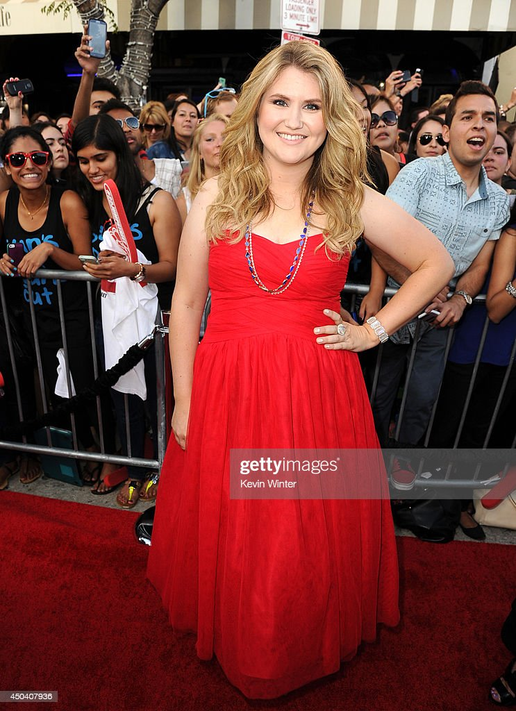 Actress <a gi-track='captionPersonalityLinkClicked' href=/galleries/search?phrase=Jillian+Bell&family=editorial&specificpeople=9613436 ng-click='$event.stopPropagation()'>Jillian Bell</a> attends the Premiere Of Columbia Pictures' '22 Jump Street' at Regency Village Theatre on June 10, 2014 in Westwood, California.