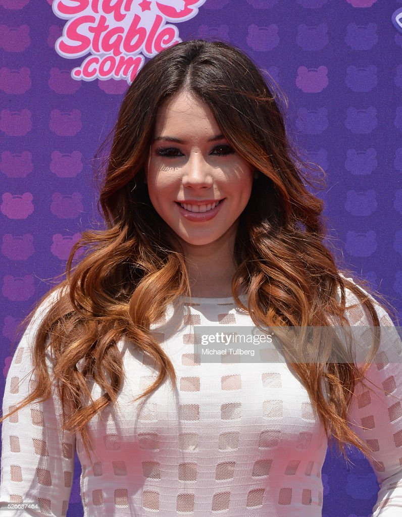 Actress Jillian Rose Reed attends the 2016 Radio Disney Music Awards at Microsoft Theater on April 30, 2016 in Los Angeles, California.