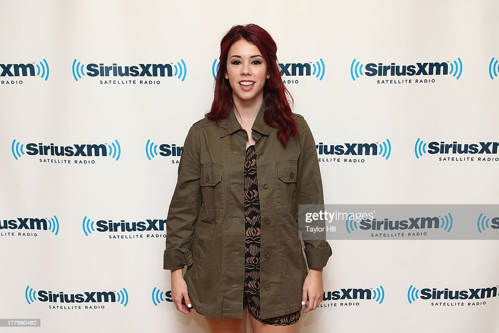 Actress <a gi-track='captionPersonalityLinkClicked' href=/galleries/search?phrase=Jillian+Rose+Reed&family=editorial&specificpeople=7430633 ng-click='$event.stopPropagation()'>Jillian Rose Reed</a> visits the SiriusXM Studios on August 26, 2013 in New York City.
