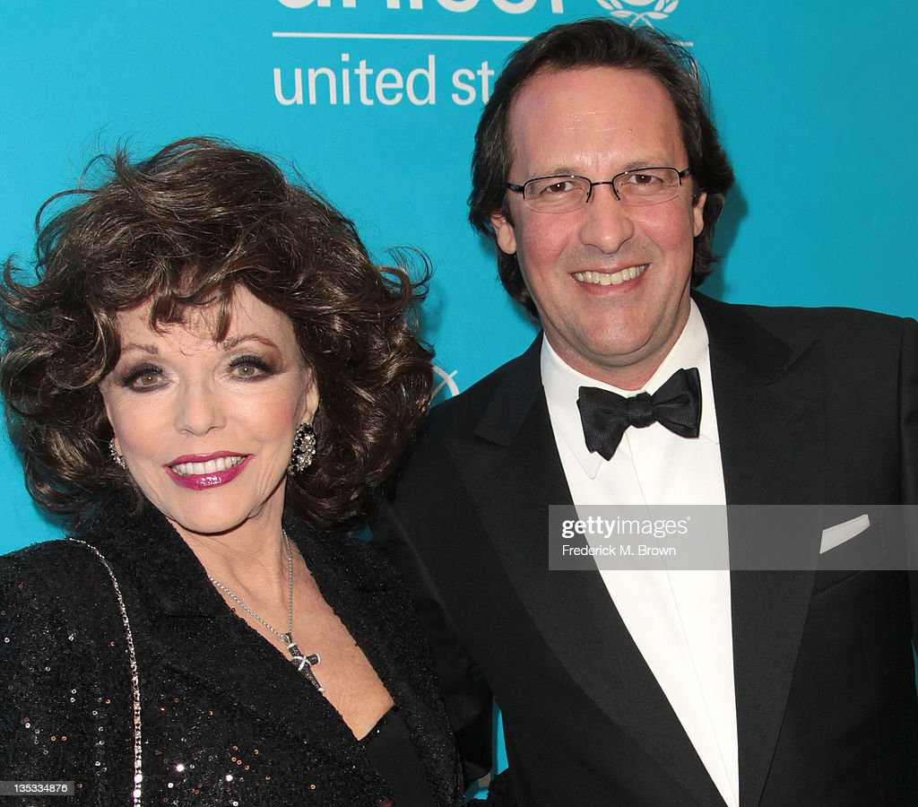 Actress <a gi-track='captionPersonalityLinkClicked' href=/galleries/search?phrase=Joan+Collins&family=editorial&specificpeople=109065 ng-click='$event.stopPropagation()'>Joan Collins</a> (L) and her guest attend The 2011 Unicef Ball at The Beverly Wilshire Hotel on December 8, 2011 in Beverly Hills, California