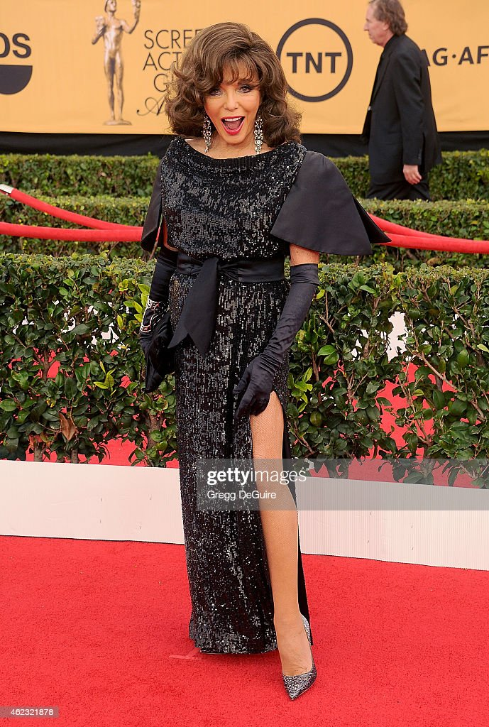 Actress <a gi-track='captionPersonalityLinkClicked' href=/galleries/search?phrase=Joan+Collins&family=editorial&specificpeople=109065 ng-click='$event.stopPropagation()'>Joan Collins</a> arrives at the 21st Annual Screen Actors Guild Awards at The Shrine Auditorium on January 25, 2015 in Los Angeles, California.