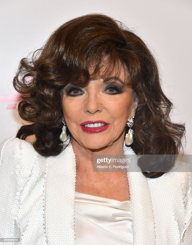 Actress <a gi-track='captionPersonalityLinkClicked' href=/galleries/search?phrase=Joan+Collins&family=editorial&specificpeople=109065 ng-click='$event.stopPropagation()'>Joan Collins</a> arrives to AARP The Magazine's 14th Annual Movies For Grownups Awards Gala at the Beverly Wilshire Four Seasons Hotel on February 2, 2015 in Beverly Hills, California.