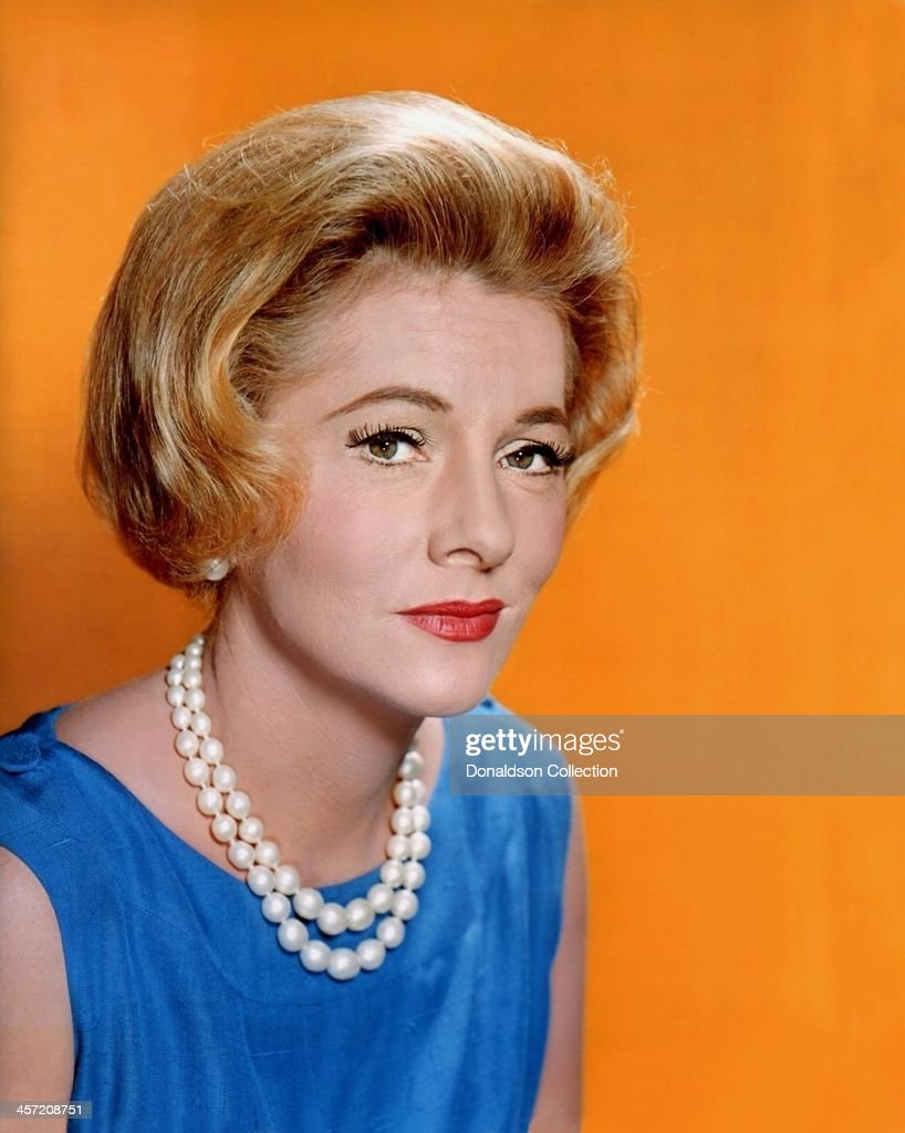 Actress <a gi-track='captionPersonalityLinkClicked' href=/galleries/search?phrase=Joan+Fontaine&family=editorial&specificpeople=206434 ng-click='$event.stopPropagation()'>Joan Fontaine</a> poses for a portrait circa 1965.