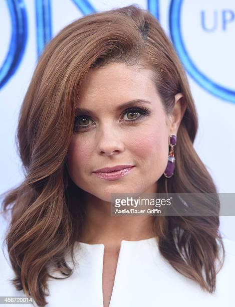 Actress JoAnna Garcia Swisher arrives at ABC's 'Once Upon A Time' Season 4 Red Carpet Premiere at the El Capitan Theatre on September 21 2014 in...