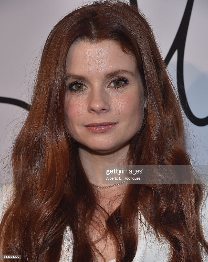 Actress Joanna Garcia Swisher attends Tyler Ellis Celebrates the 5th Anniversary And Launch Of Tyler Ellis x Petra Flannery Collection at Chateau Marmont on January 31, 2017 in Los Angeles, California.