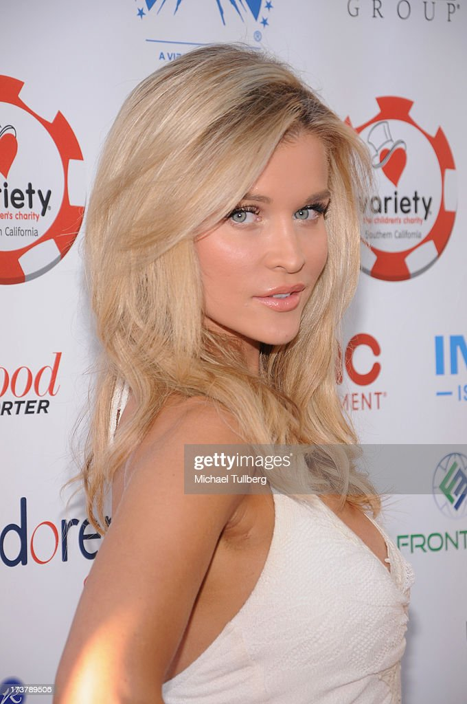 Actress <a gi-track='captionPersonalityLinkClicked' href=/galleries/search?phrase=Joanna+Krupa&family=editorial&specificpeople=224038 ng-click='$event.stopPropagation()'>Joanna Krupa</a> attends the 3rd Annual Variety Charity Texas Hold 'Em Tournament & Casino Game at Paramount Studios on July 17, 2013 in Hollywood, California.