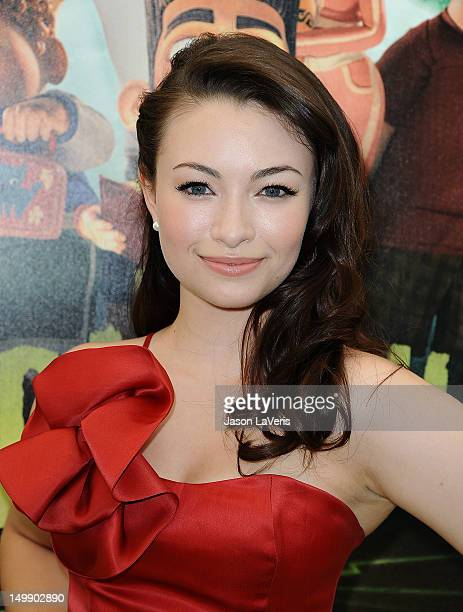 Actress Jodelle Ferland attends the premiere of 'ParaNorman' at AMC CityWalk Stadium 19 at Universal Studios Hollywood on August 5 2012 in Universal...