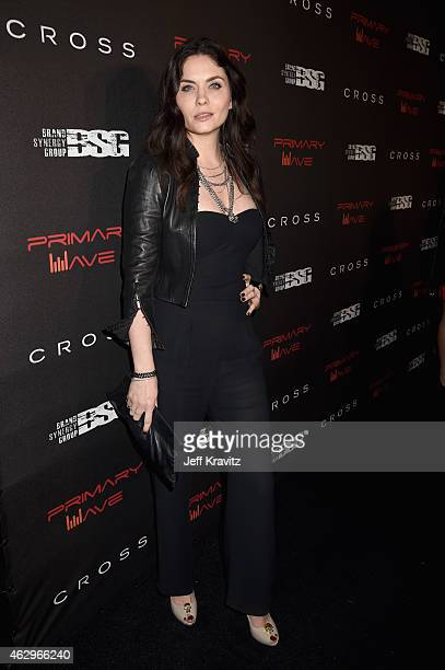 Actress Jodi Lyn O'Keefe attends the Primary Wave 9th Annual PreGrammy Party at RivaBella on February 7 2015 in West Hollywood California