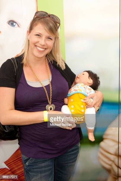 Actress Jodi Sweetin attends the GroVia And Celebrity Parents Celebrate At Annual Dog And Baby Buffet Day1 at Hyatt Regency Century Plaza on May 7...