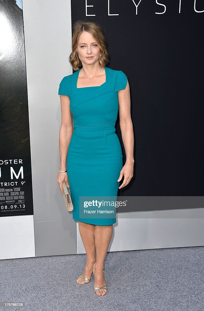 Actress <a gi-track='captionPersonalityLinkClicked' href=/galleries/search?phrase=Jodie+Foster&family=editorial&specificpeople=204488 ng-click='$event.stopPropagation()'>Jodie Foster</a> arrives at the Premiere of TriStar Pictures' 'Elysium' oat Regency Village Theatre on August 7, 2013 in Westwood, California.
