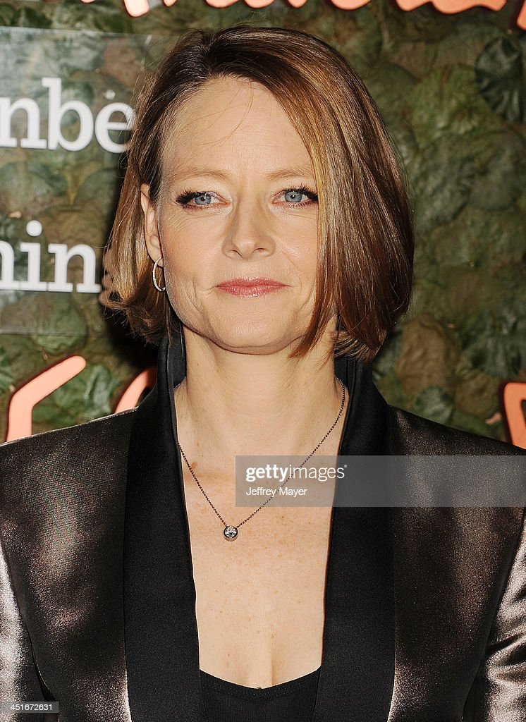 Actress <a gi-track='captionPersonalityLinkClicked' href=/galleries/search?phrase=Jodie+Foster&family=editorial&specificpeople=204488 ng-click='$event.stopPropagation()'>Jodie Foster</a> arrives at the Wallis Annenberg Center For The Performing Arts Inaugural Gala at Wallis Annenberg Center for the Performing Arts on October 17, 2013 in Beverly Hills, California.