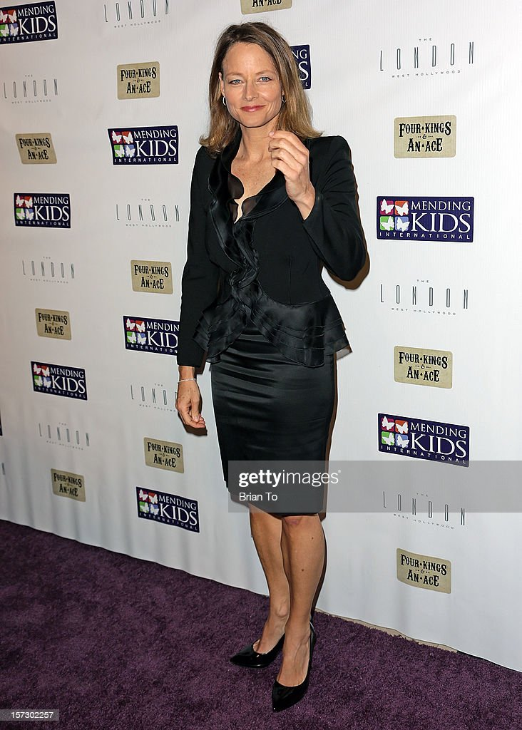 Actress <a gi-track='captionPersonalityLinkClicked' href=/galleries/search?phrase=Jodie+Foster&family=editorial&specificpeople=204488 ng-click='$event.stopPropagation()'>Jodie Foster</a> attends Mending Kids International celebrity poker tournament at The London Hotel on December 1, 2012 in West Hollywood, California.