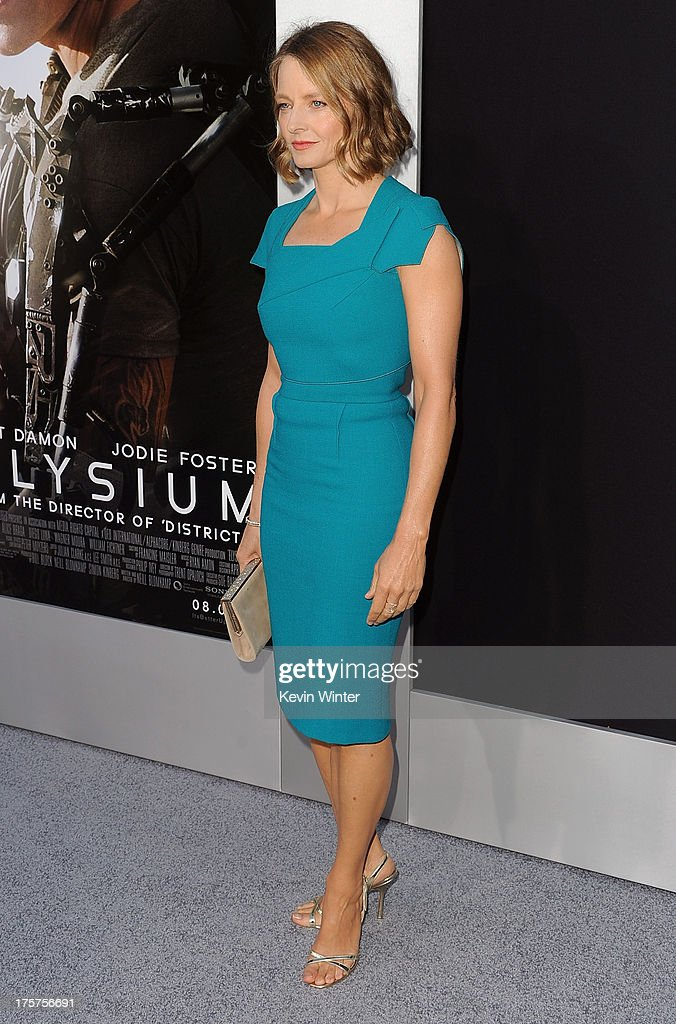 Actress <a gi-track='captionPersonalityLinkClicked' href=/galleries/search?phrase=Jodie+Foster&family=editorial&specificpeople=204488 ng-click='$event.stopPropagation()'>Jodie Foster</a> attends the premiere of TriStar Pictures' 'Elysium' at Regency Village Theatre on August 7, 2013 in Westwood, California.