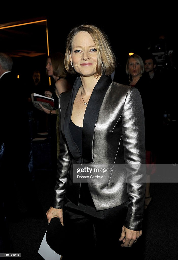 Actress <a gi-track='captionPersonalityLinkClicked' href=/galleries/search?phrase=Jodie+Foster&family=editorial&specificpeople=204488 ng-click='$event.stopPropagation()'>Jodie Foster</a> attends the Wallis Annenberg Center for the Performing Arts Inaugural Gala presented by Salvatore Ferragamo at the Wallis Annenberg Center for the Performing Arts on October 17, 2013 in Beverly Hills, California.