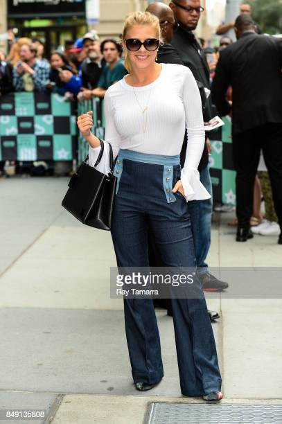 Actress Jodie Sweetin leaves the 'AOL Build' taping at the AOL Studios on September 18 2017 in New York City