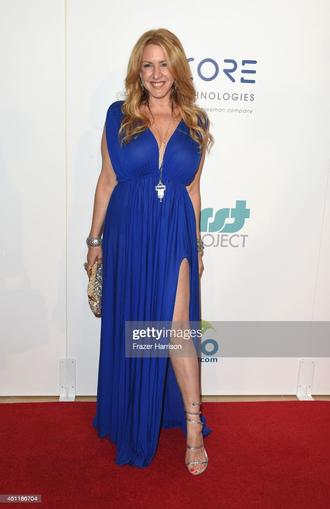 Actress <a gi-track='captionPersonalityLinkClicked' href=/galleries/search?phrase=Joely+Fisher&family=editorial&specificpeople=204228 ng-click='$event.stopPropagation()'>Joely Fisher</a> arrives at the 5th Annual Thirst Gala Hosted By Jennifer Garner In Partnership With Skyo And Relativity's 'Earth To Echo' at The Beverly Hilton Hotel on June 24, 2014 in Beverly Hills, California.
