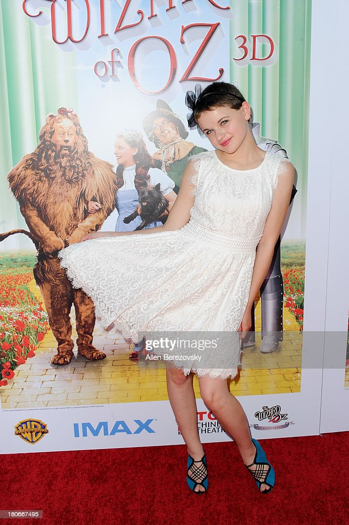 Actress <a gi-track='captionPersonalityLinkClicked' href=/galleries/search?phrase=Joey+King+-+Actress&family=editorial&specificpeople=2264584 ng-click='$event.stopPropagation()'>Joey King</a> arrives at the world premiere of 'The Wizard Of Oz 3D' and grand opening of the new TCL Chinese Theatre IMAX at TCL Chinese Theatre on September 15, 2013 in Hollywood, California.