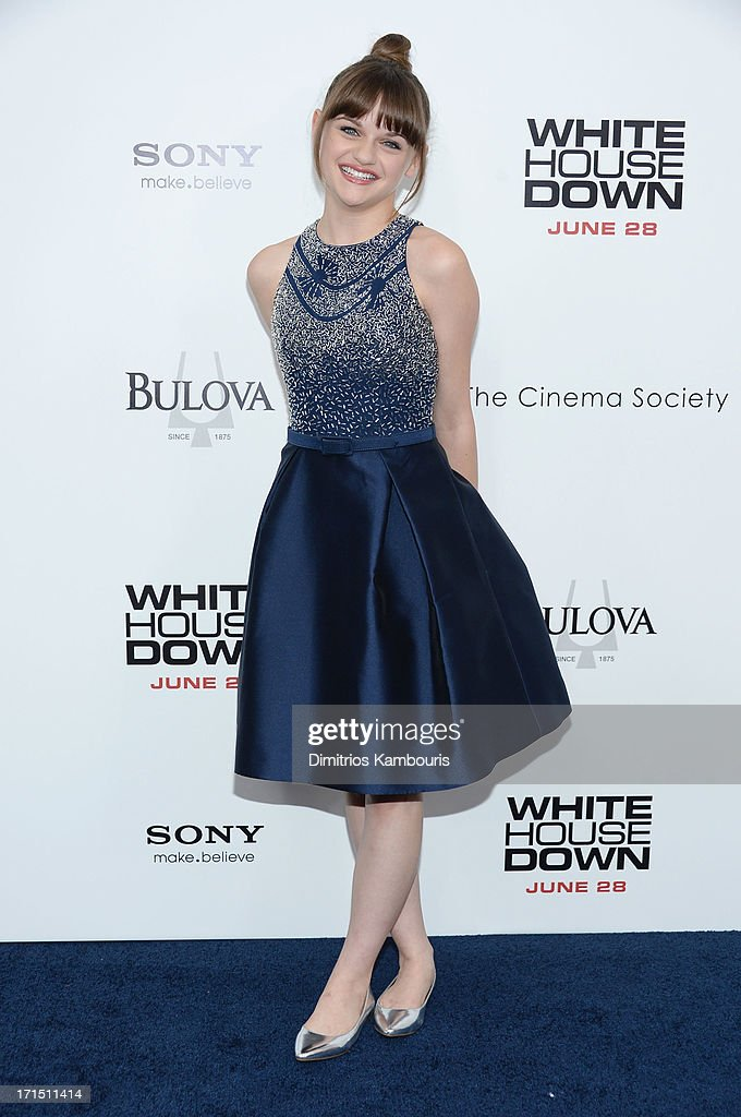 Actress <a gi-track='captionPersonalityLinkClicked' href=/galleries/search?phrase=Joey+King+-+Actress&family=editorial&specificpeople=2264584 ng-click='$event.stopPropagation()'>Joey King</a> attends the 'White House Down' New York premiere at Ziegfeld Theater on June 25, 2013 in New York City.