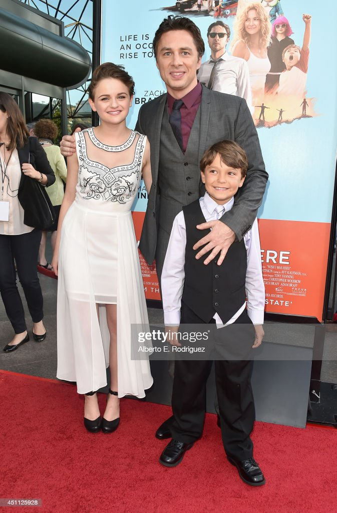 Actress <a gi-track='captionPersonalityLinkClicked' href=/galleries/search?phrase=Joey+King+-+Actress&family=editorial&specificpeople=2264584 ng-click='$event.stopPropagation()'>Joey King</a>, filmmaker/actor <a gi-track='captionPersonalityLinkClicked' href=/galleries/search?phrase=Zach+Braff&family=editorial&specificpeople=203253 ng-click='$event.stopPropagation()'>Zach Braff</a> and actor <a gi-track='captionPersonalityLinkClicked' href=/galleries/search?phrase=Pierce+Gagnon&family=editorial&specificpeople=11696840 ng-click='$event.stopPropagation()'>Pierce Gagnon</a> attend the premiere of Focus Features' 'Wish I Was Here' at DGA Theater on June 23, 2014 in Los Angeles, California.