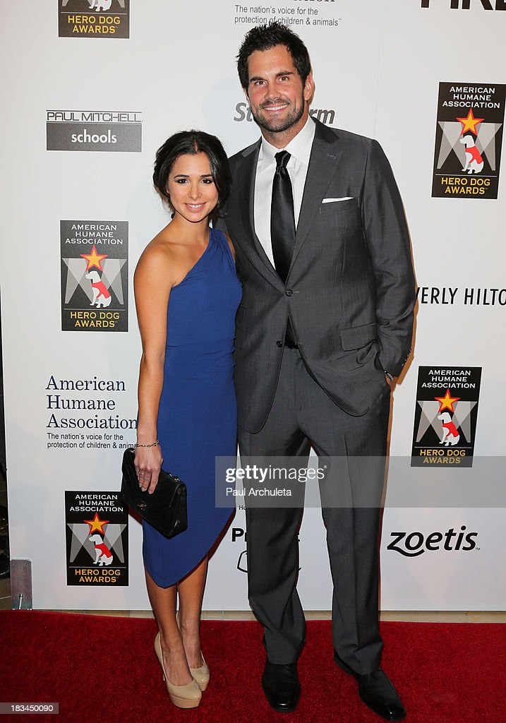 Actress <a gi-track='captionPersonalityLinkClicked' href=/galleries/search?phrase=Josie+Loren&family=editorial&specificpeople=6123503 ng-click='$event.stopPropagation()'>Josie Loren</a> (L) and NFL Player <a gi-track='captionPersonalityLinkClicked' href=/galleries/search?phrase=Matt+Leinart&family=editorial&specificpeople=171669 ng-click='$event.stopPropagation()'>Matt Leinart</a> (R) attends the 3rd annual American Humane Association Hero Dog Awards at The Beverly Hilton Hotel on October 5, 2013 in Beverly Hills, California.