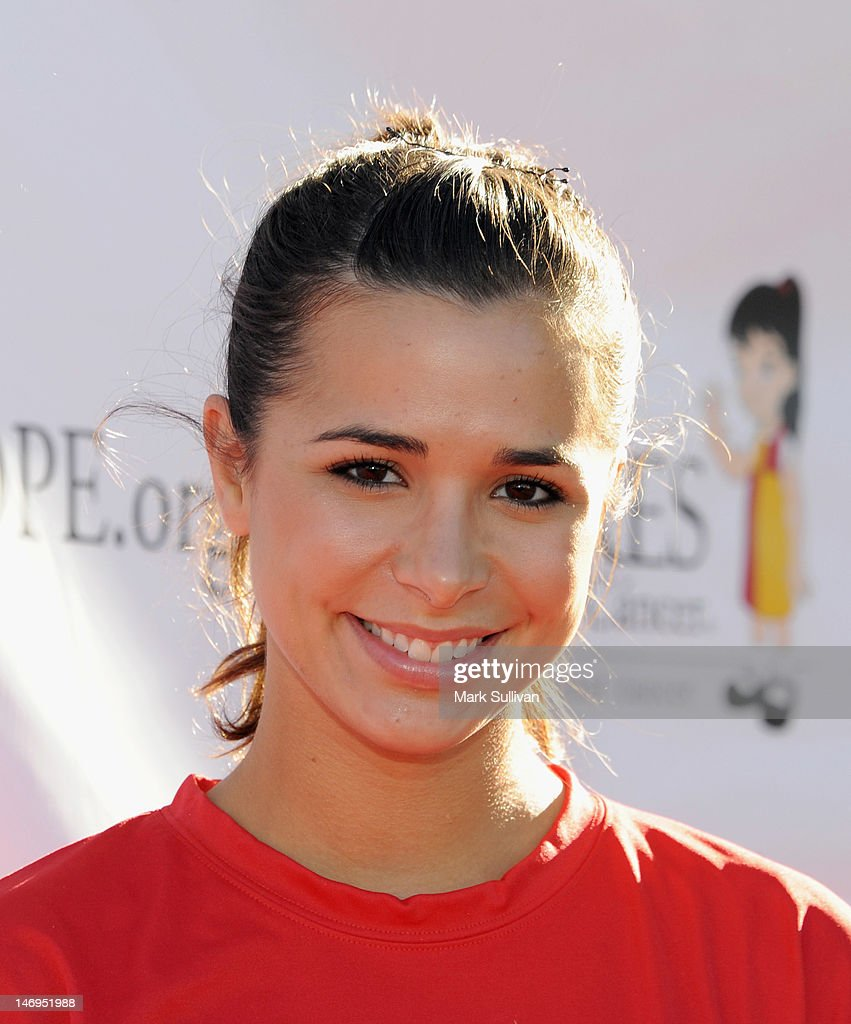 Actress Josie Loren attends PADRES Contra El Cancer's 'Stand For HOPE!' 5K Run/Walk at Rose Bowl on June 24, 2012 in Pasadena, California.