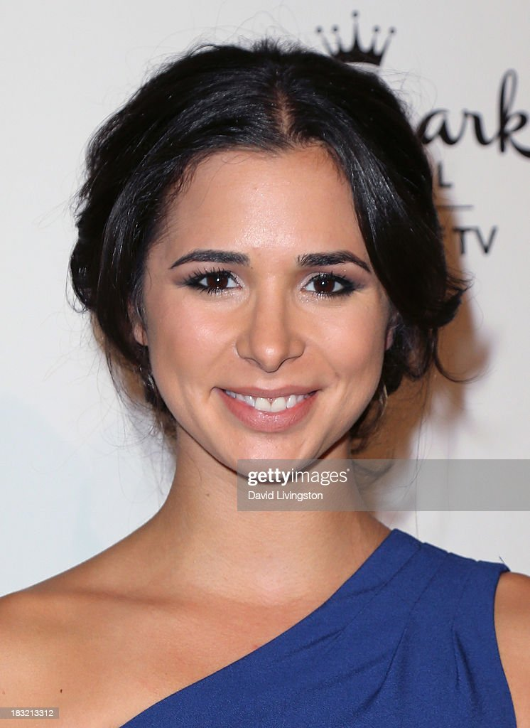 Actress <a gi-track='captionPersonalityLinkClicked' href=/galleries/search?phrase=Josie+Loren&family=editorial&specificpeople=6123503 ng-click='$event.stopPropagation()'>Josie Loren</a> attends the 3rd Annual American Humane Association Hero Dog Awards at The Beverly Hilton Hotel on October 5, 2013 in Beverly Hills, California.