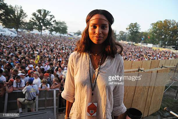 Actress Joy Bryant attends Bonnaroo 2009 on June 13 2009 in Manchester Tennessee
