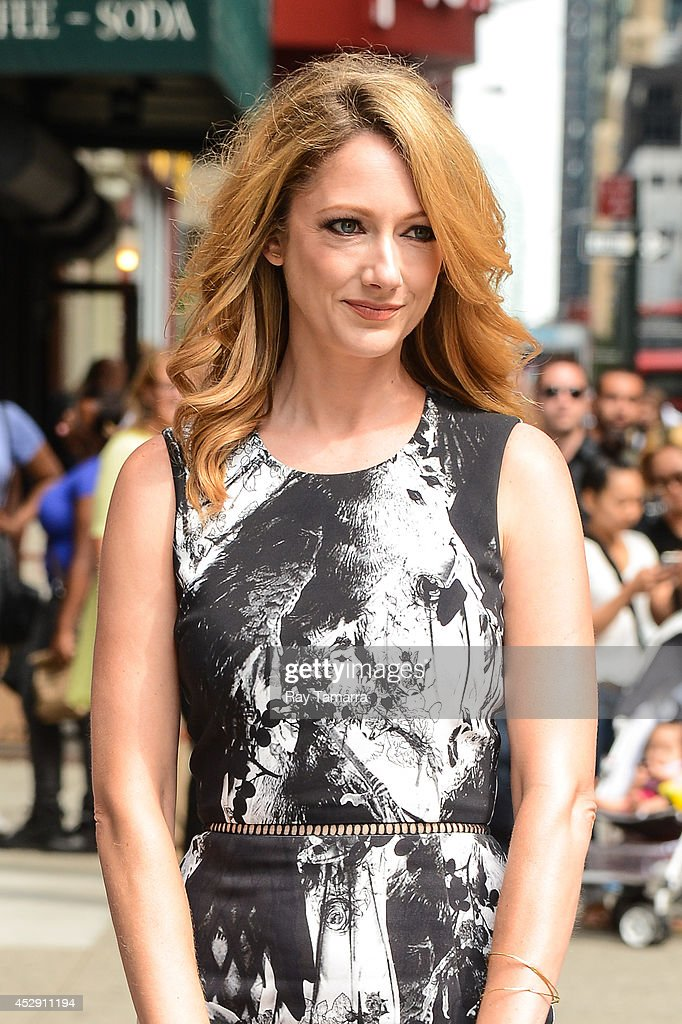 Actress <a gi-track='captionPersonalityLinkClicked' href=/galleries/search?phrase=Judy+Greer&family=editorial&specificpeople=214752 ng-click='$event.stopPropagation()'>Judy Greer</a> enters the 'Late Show With David Letterman' taping at the Ed Sullivan Theater on July 29, 2014 in New York City.
