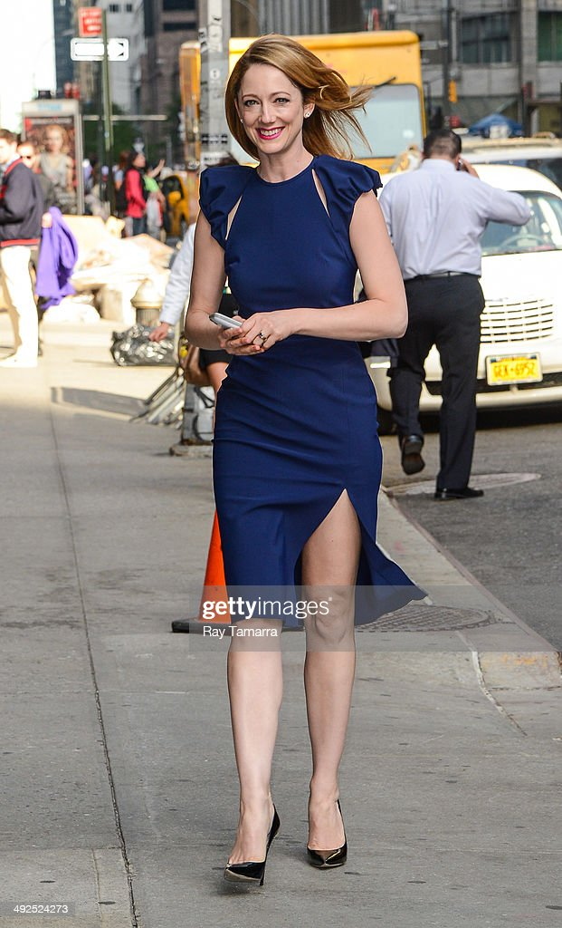 Actress <a gi-track='captionPersonalityLinkClicked' href=/galleries/search?phrase=Judy+Greer&family=editorial&specificpeople=214752 ng-click='$event.stopPropagation()'>Judy Greer</a> enters the 'Late Show With David Letterman' taping at the Ed Sullivan Theater on May 20, 2014 in New York City.
