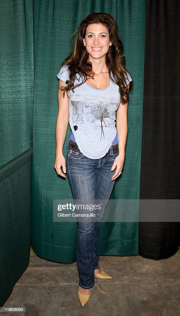 Actress Julia Benson attends Wizard World's Philadelphia Comic Con 2011 at the Pennsylvania Convention Center on June 17, 2011 in Philadelphia, Pennsylvania.