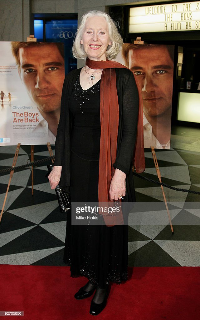 Actress Julia Blake arrives for the premiere of 'The Boys Are Back' at Dendy Opera Quays on November 4 2009 in Sydney Australia