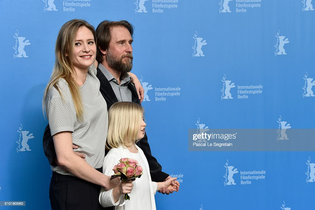 Actress <a gi-track='captionPersonalityLinkClicked' href=/galleries/search?phrase=Julia+Jentsch&family=editorial&specificpeople=217557 ng-click='$event.stopPropagation()'>Julia Jentsch</a>, actor Bjarne Maedel and acress Emilia Pieske attend the '24 Wochen' photo call during the 66th Berlinale International Film Festival Berlin at Grand Hyatt Hotel on February 14, 2016 in Berlin, Germany.
