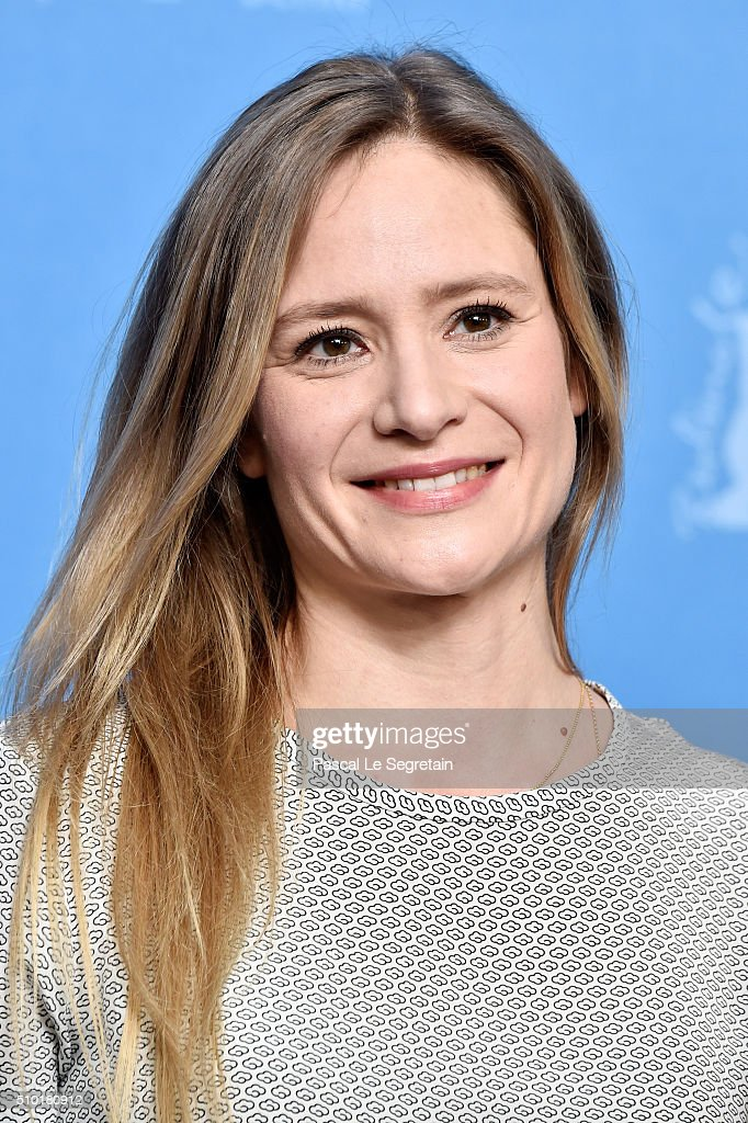 Actress <a gi-track='captionPersonalityLinkClicked' href=/galleries/search?phrase=Julia+Jentsch&family=editorial&specificpeople=217557 ng-click='$event.stopPropagation()'>Julia Jentsch</a> attends the '24 Wochen' photo call during the 66th Berlinale International Film Festival Berlin at Grand Hyatt Hotel on February 14, 2016 in Berlin, Germany.