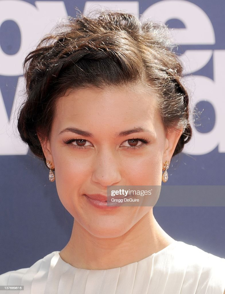 Actress Julia Jones arrives at the 2011 MTV Movie Awards at the Gibson Amphitheatre on June 5 2011 in Universal City California