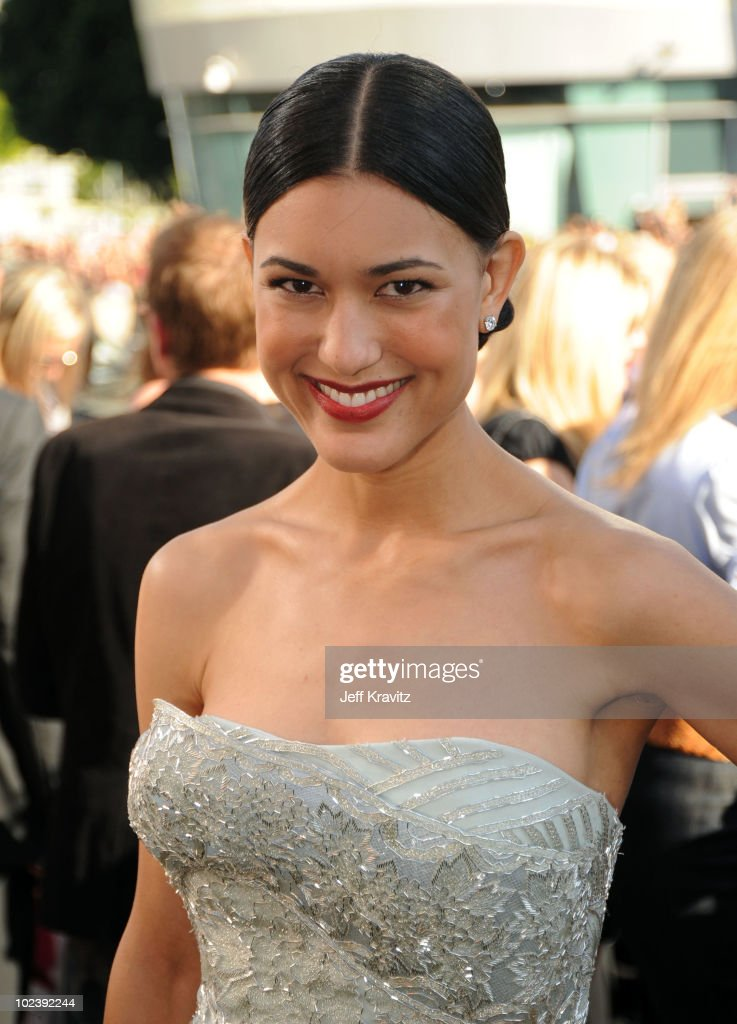 Actress Julia Jones arrives to the premiere of Summit Entertainment's 'The Twilight Saga Eclipse' during the 2010 Los Angeles Film Festival at Nokia...
