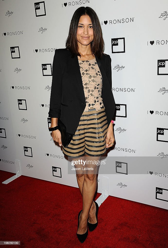 Actress Julia Jones attends the I Heart Ronson celebration at The Bungalow on December 11, 2012 in Santa Monica, California.