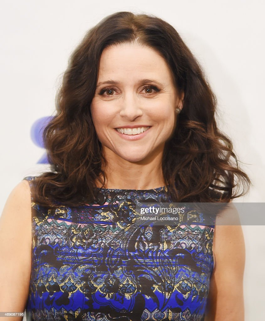 92nd Street Y Presents: Julia Louis-Dreyfus In Conversation With Frank Rich