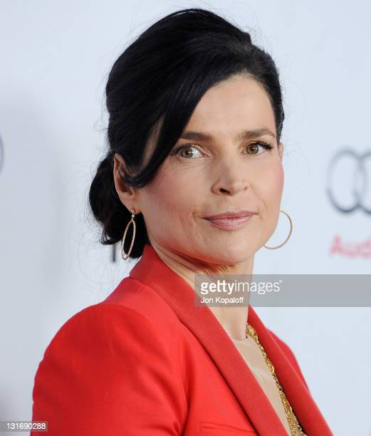 Actress Julia Ormond arrives at the 2011 AFI FEST 'My Week With Marilyn' Special Screening at Grauman's Chinese Theatre on November 6 2011 in...