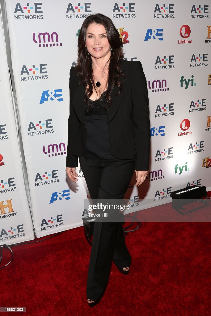 Actress <a gi-track='captionPersonalityLinkClicked' href=/galleries/search?phrase=Julia+Ormond&family=editorial&specificpeople=215234 ng-click='$event.stopPropagation()'>Julia Ormond</a> attends the 2014 A+E Network Upfronts at Park Avenue Armory on May 8, 2014 in New York City.