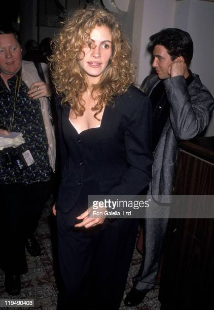 Actress Julia Roberts and actor Dylan McDermott attend the Fourth Annual IFP/West Independent Spirit Awards on March 25 1989 at the Hollywood...
