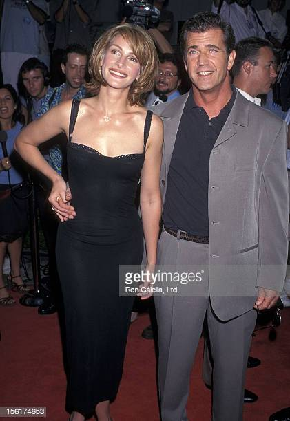 Actress Julia Roberts and actor Mel Gibson attend the 'Conspiracy Theory' Westwood Premiere on August 4 1997 at Mann Village Theatre in Westwood...
